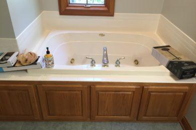 Bathtub and Showers Repair & Reglazing