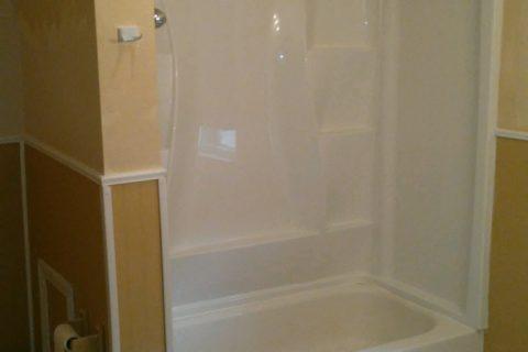 Bathtub and Shower Repair and Reglazing | Quality Restoration Inc